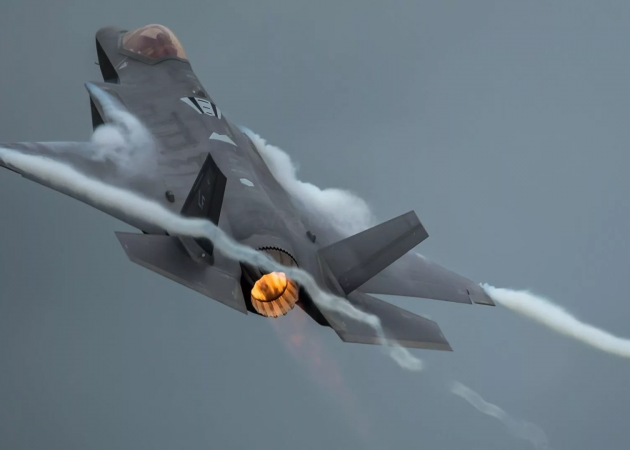 Meggitt signs $15 million contract to supply composite countermeasure housings for the F35 aircraft