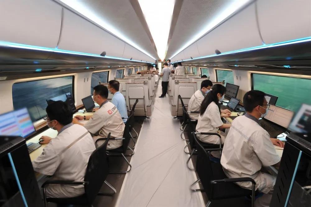 Prototype of 600-kilometer-per-hour maglev train completed trial run