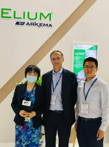 Mr. Xavier Durand-Delacre, Senior Vice President of Arkema Asia Pacific and President of Arkema Greater China (Middle), Mr Weiqing LIU, Director of Arkema Changshu R&D center (Right), are interviewed by the organizers of the exhibition.