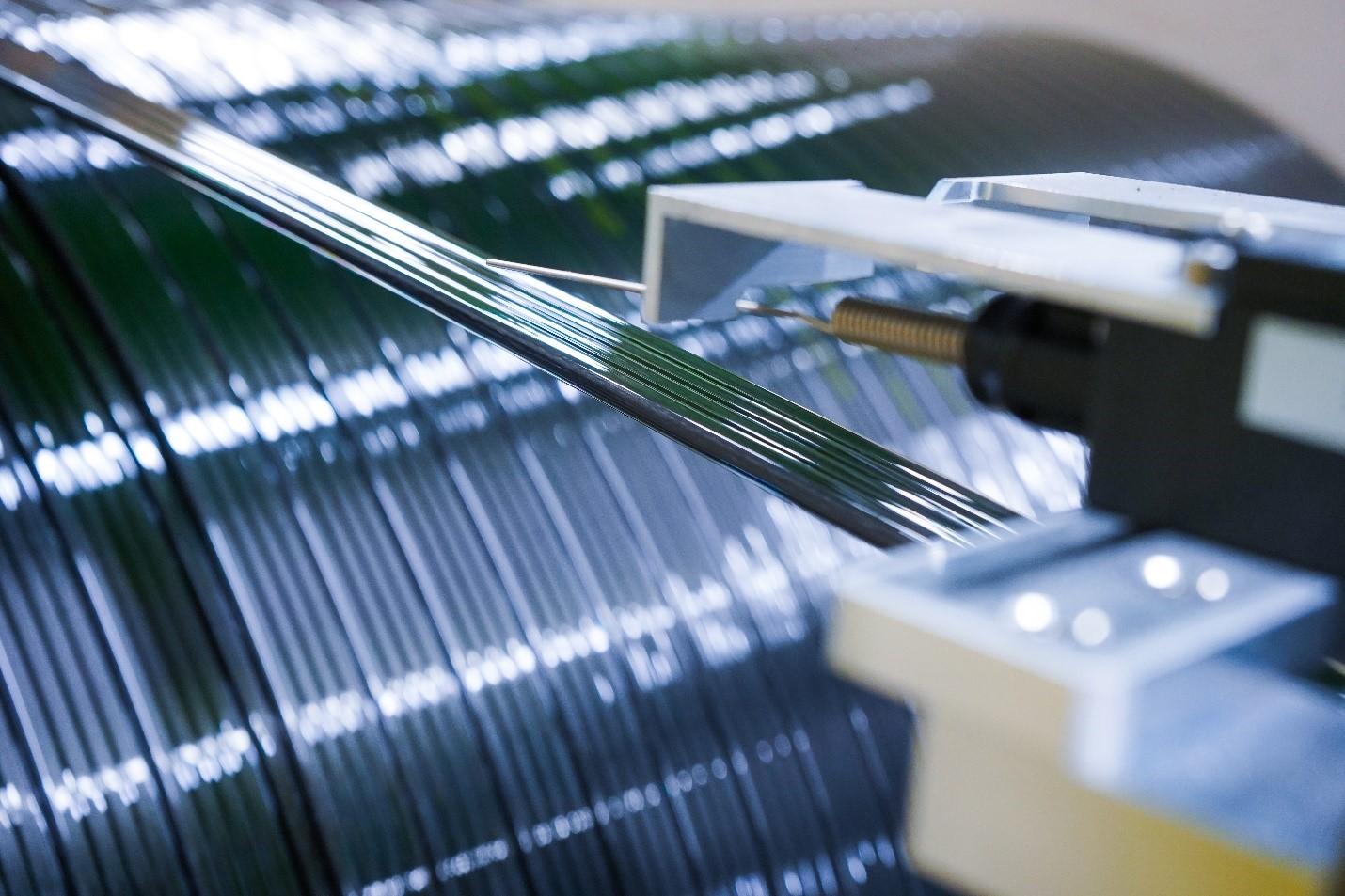 Un prototype de câble d'ascenseur en matériaux composites