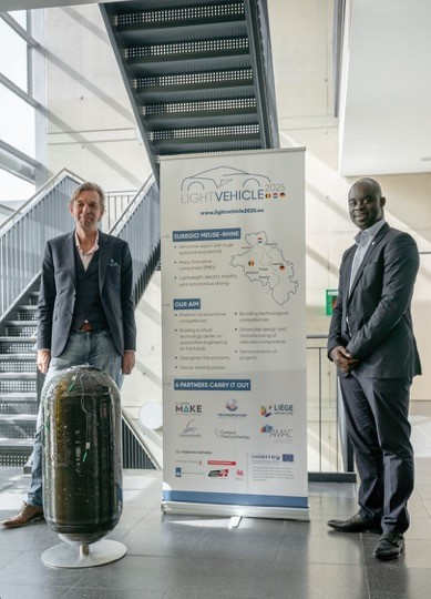 Two EU-funded Interreg projects on composites and advanced materials for the Euregio Maas-Rhine - Axel Seifert, Business Line Director Composite Pressure Vessels Plastic Omnium New Energies and Denis Boahene, Sales Manager Carbon Fiber at Mitsubishi Chemi
