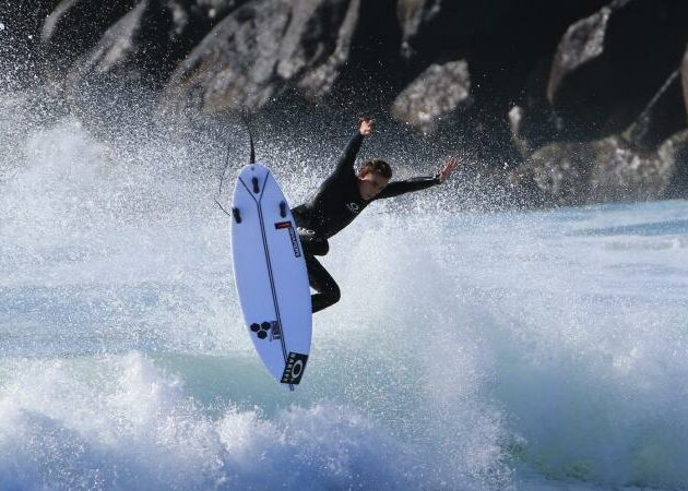 A new wave in Surfboard lamination