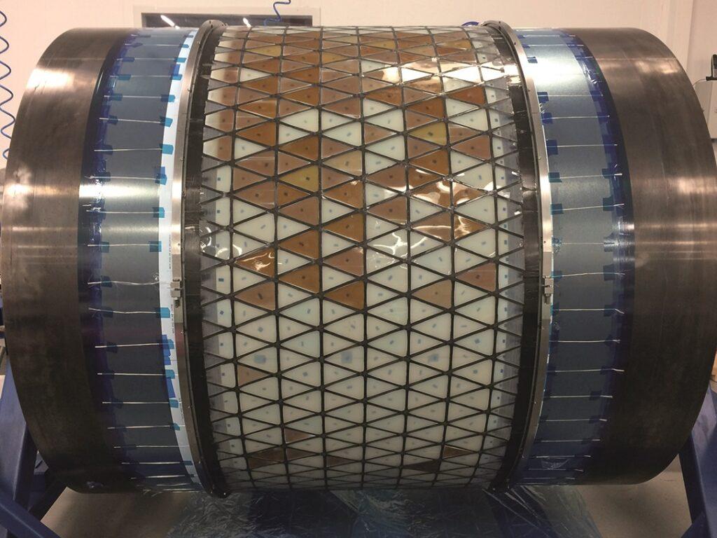 Cylindrical lattice post-cure