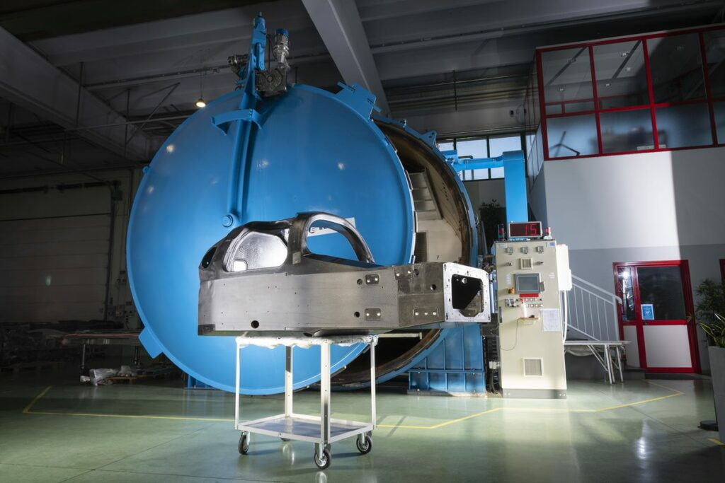 our main target has been to push the boundaries of innovation in composites processing, especially in prepreg/autoclave technology.