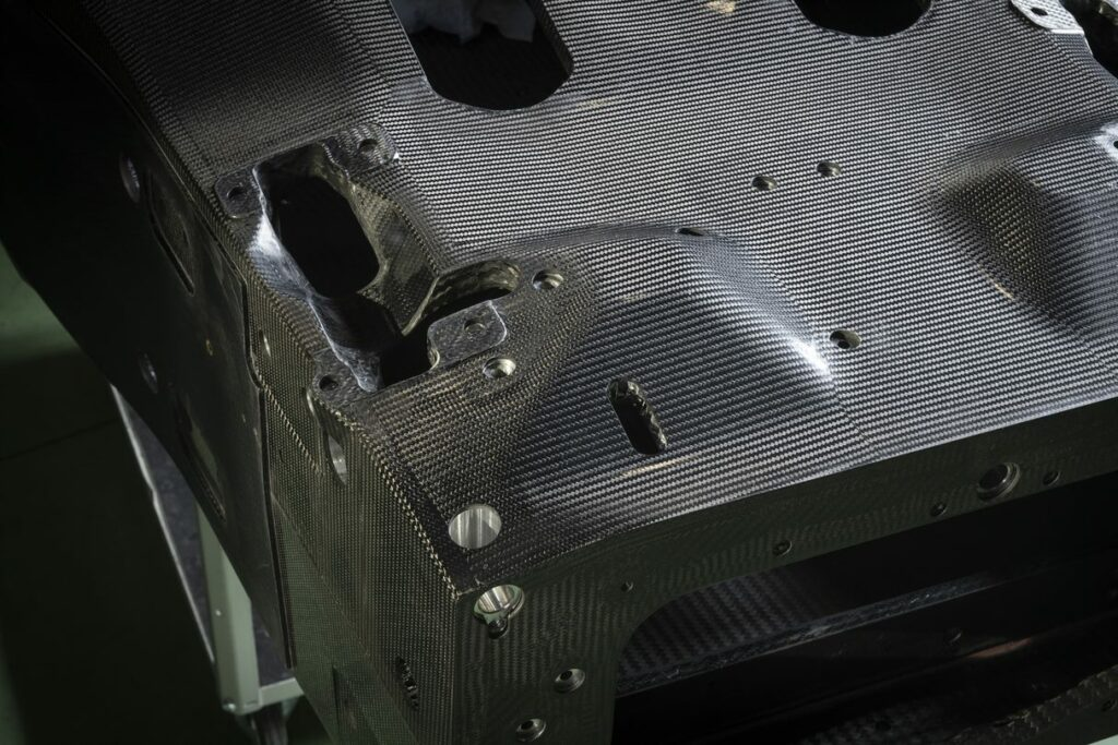 Bercella commits to deliver the SCG007 chassis, FIAS (Front Impact Absorbing Structures) and RIAS (Rear Impact Absorbing Structures)