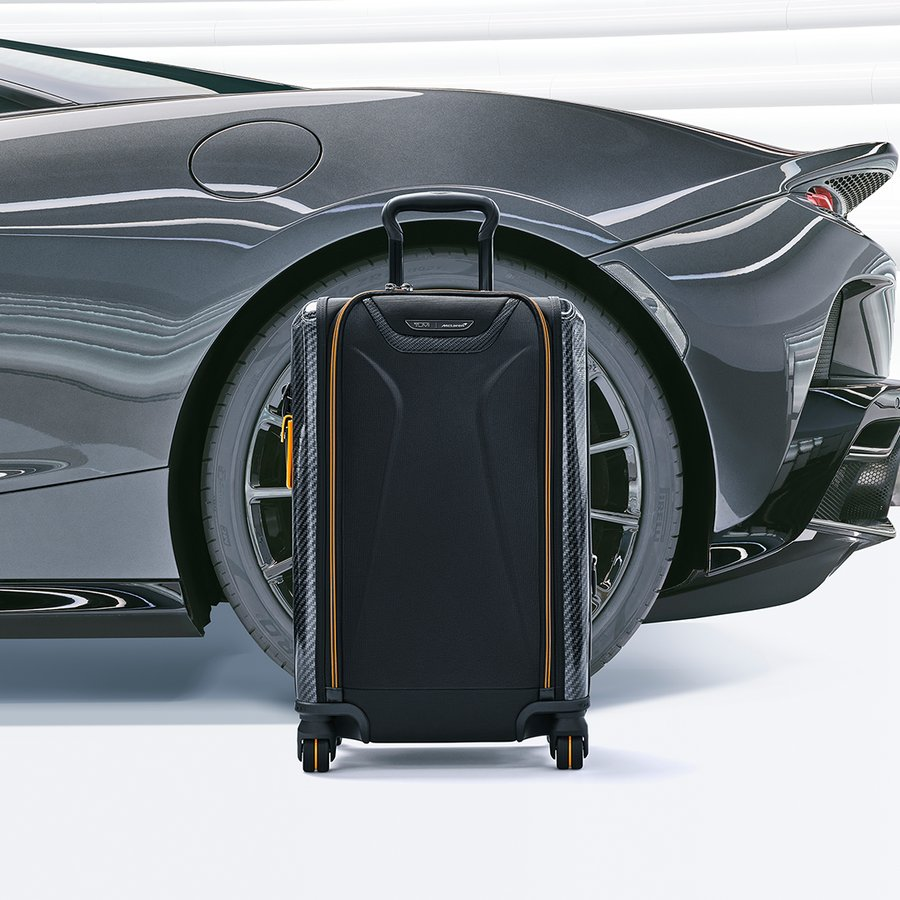 They have paired CX6® carbon fiber accents with the ultra-lightweight Tegris ® for an exceptionally sleek yet durable carry-on.