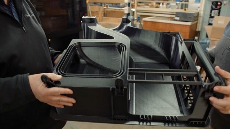 Le fabricant d'appareils électroménagers de luxe Sub-Zero Group utilise l'imprimante 3D F770 pour produire des pièces qui étaient auparavant trop grandes pour être réalisées en interne.