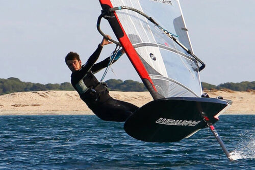 Phantom Windsurfing monolithic carbon fibre wing and mast components