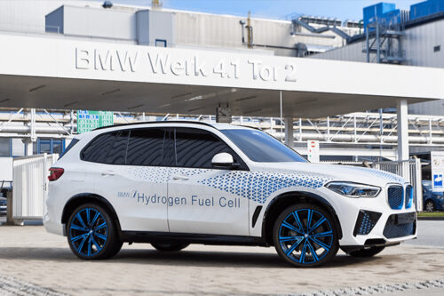 BMW is preparing for small-scale FCEV production