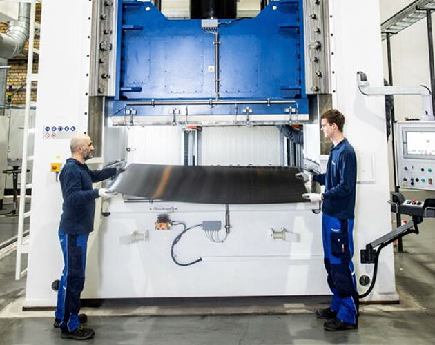 Toray Advanced Composites announce expanded thermoplastic composites capability with high heat press