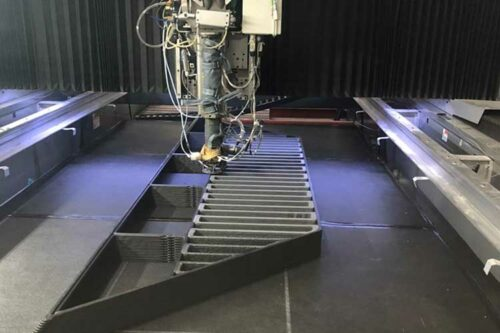 Cincinnati, Inc. uses BAAM to produce monolithic multi-material 3D printed object