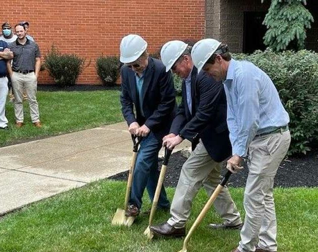 Eastman Machine breaks ground on expansion of headquarters