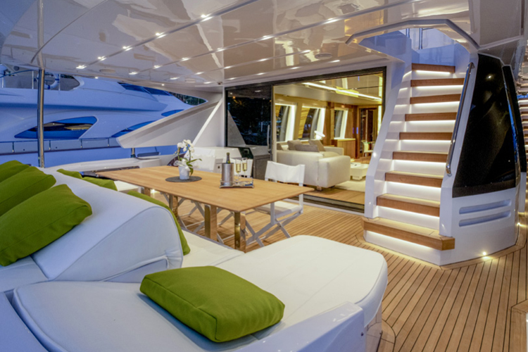 Possible layout for the F100 yacht