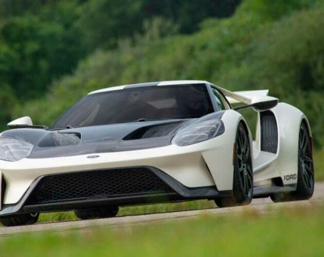 Ford GT pays homage to its origins with limited-run Heritage Edition celebrating 1964 prototypes