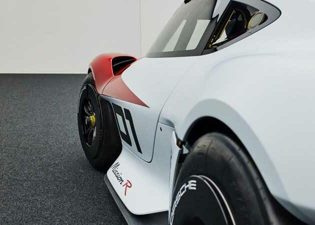 Porsche unveils Mission R concept study, with natural fiber components and carbon cage