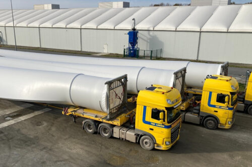 Vestas blade factory in Lauchhammer, Germany, reached in December 2020, a huge milestone by shipping the 1000th set of Vestas V117 blades to customers.
